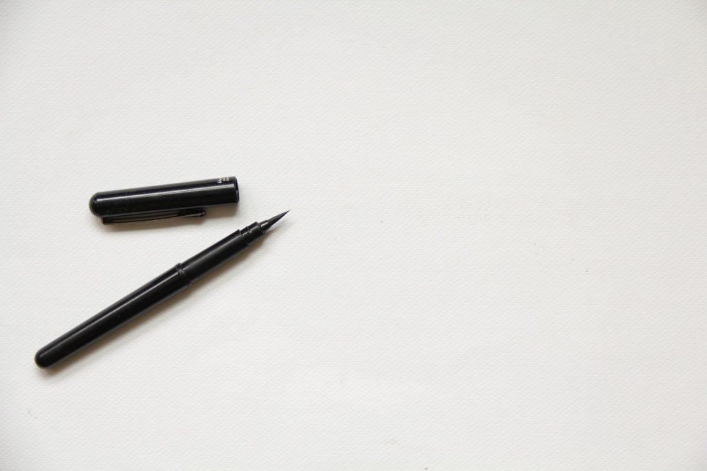 La différence entre Ecriture, Calligraphie, Lettrage et Typographie